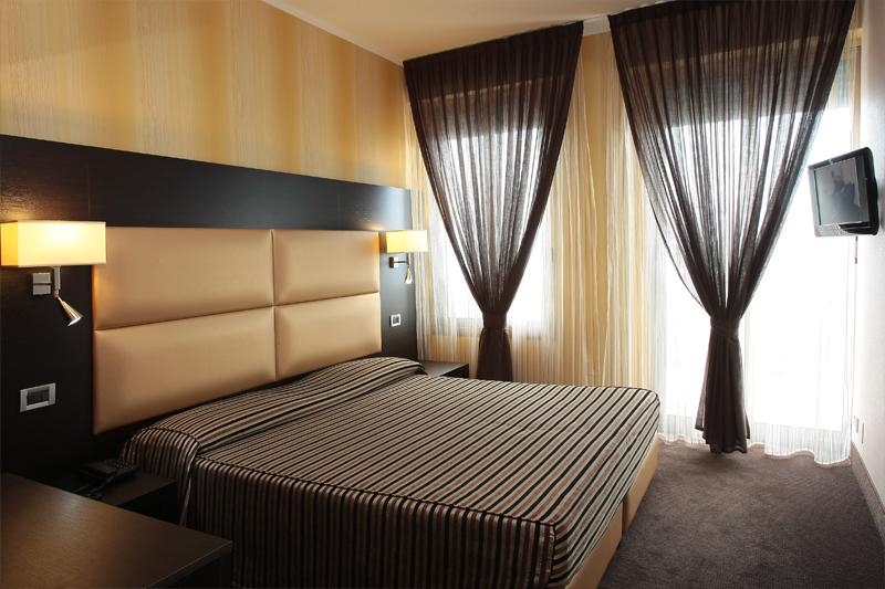 Listino camere suite hotel 4 stelle lido di jesolo venezia - Hotel jesolo 3 stelle con piscina pensione completa ...